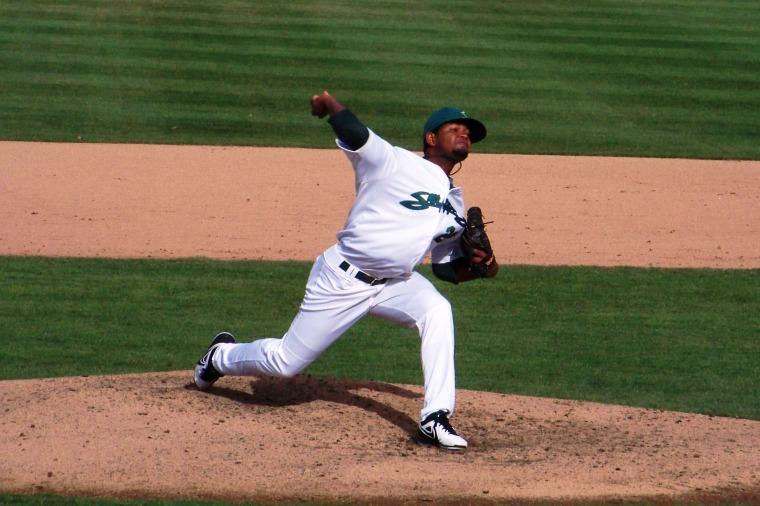 raul-alcantara-pitching