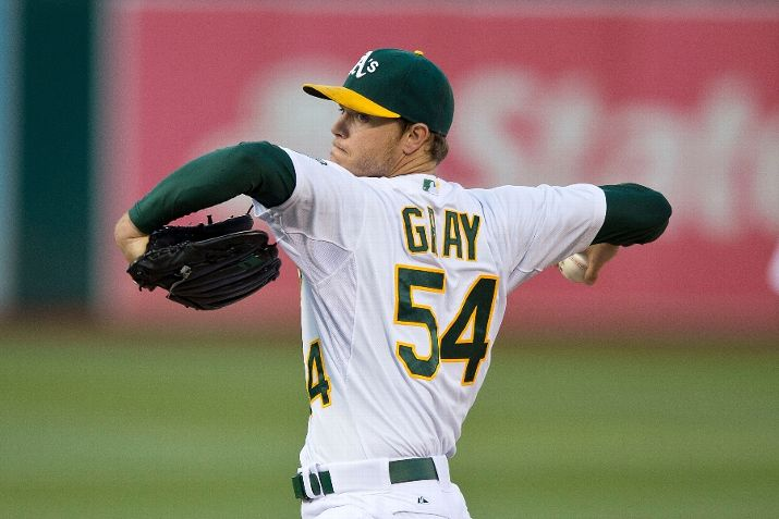 OAKLAND, CA - AUGUST 07: Sonny Gray #54 of the Oakland Athletics pitches against the Houston Astros during the first inning at O.co Coliseum on August 7, 2015 in Oakland, California. (Photo by Jason O. Watson/Getty Images)