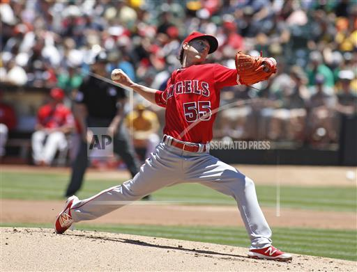Lincecum in red
